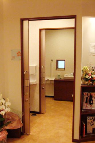 パウダールーム/化粧室